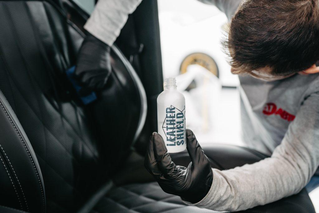 Защитная обработка салона авто. Фото 4. А1 Авто