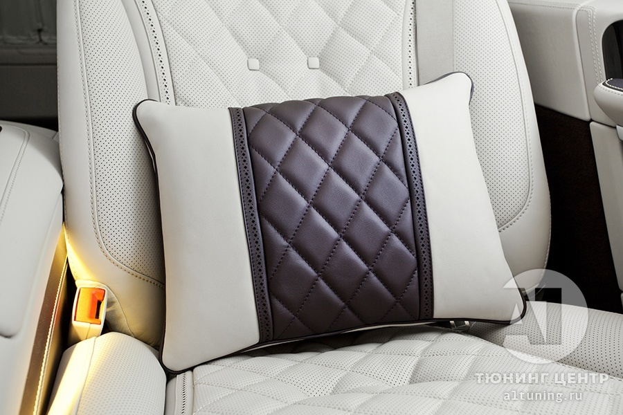 Подушка в Mercedes Benz V-Class