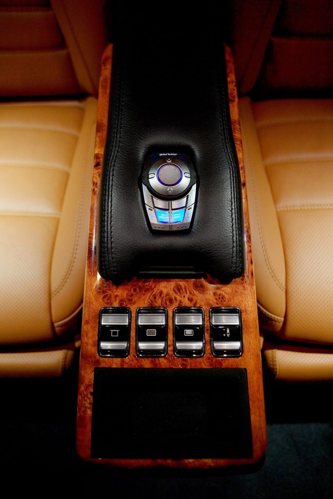 Тюнинг салона Volkswagen Multivan. Фото 4, A1 Тюнинг Центр