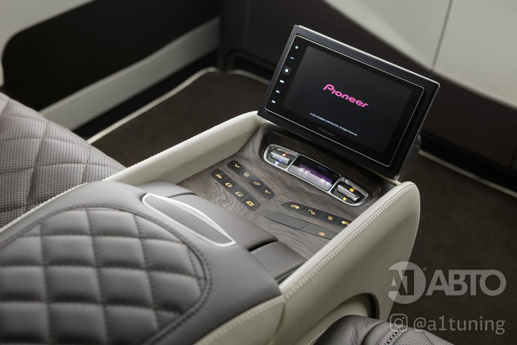 Cалон Mercedes Benz V-Class VIP. Фото 4, А1 Авто.