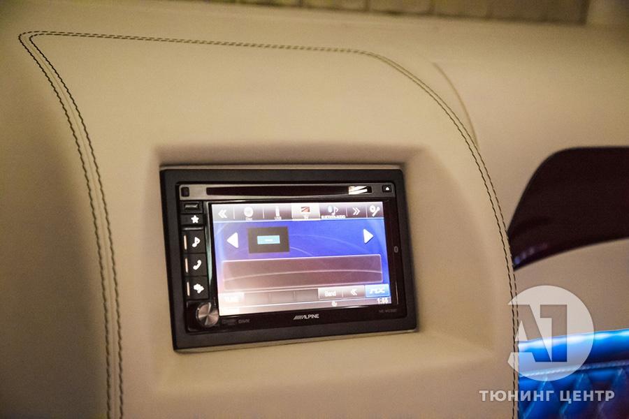 Cалон Mercedes Benz Viano VIP. Фото 10, А1 Авто.