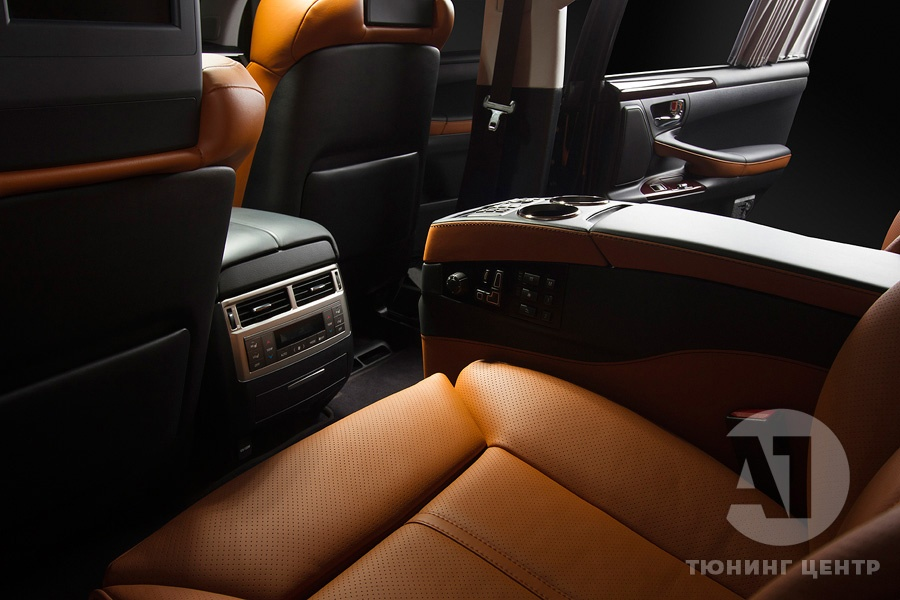 Cалон Lexus LX57. Фото 4, A1 Тюнинг Центр.