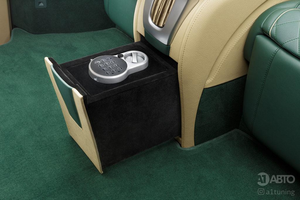 Фото кожаного салона Mercedes-Benz V-Business Jet. А1 Авто