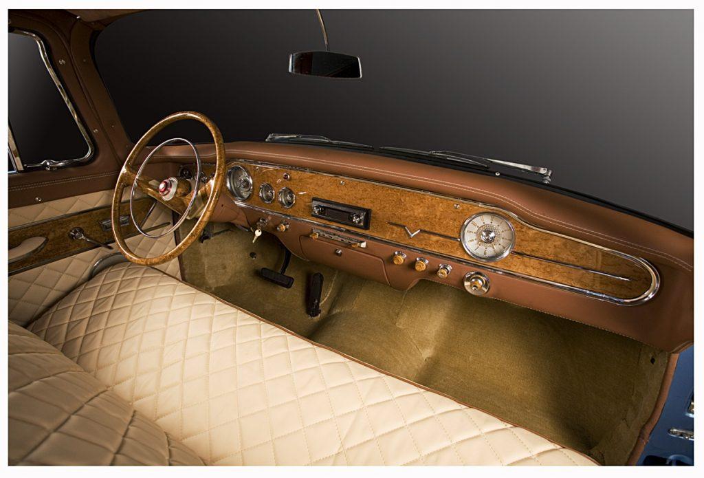 Реставрация ретро-автомобиля, фото работ. А1 Авто