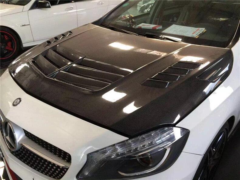 Пример глянцевой пленки на автомобиль