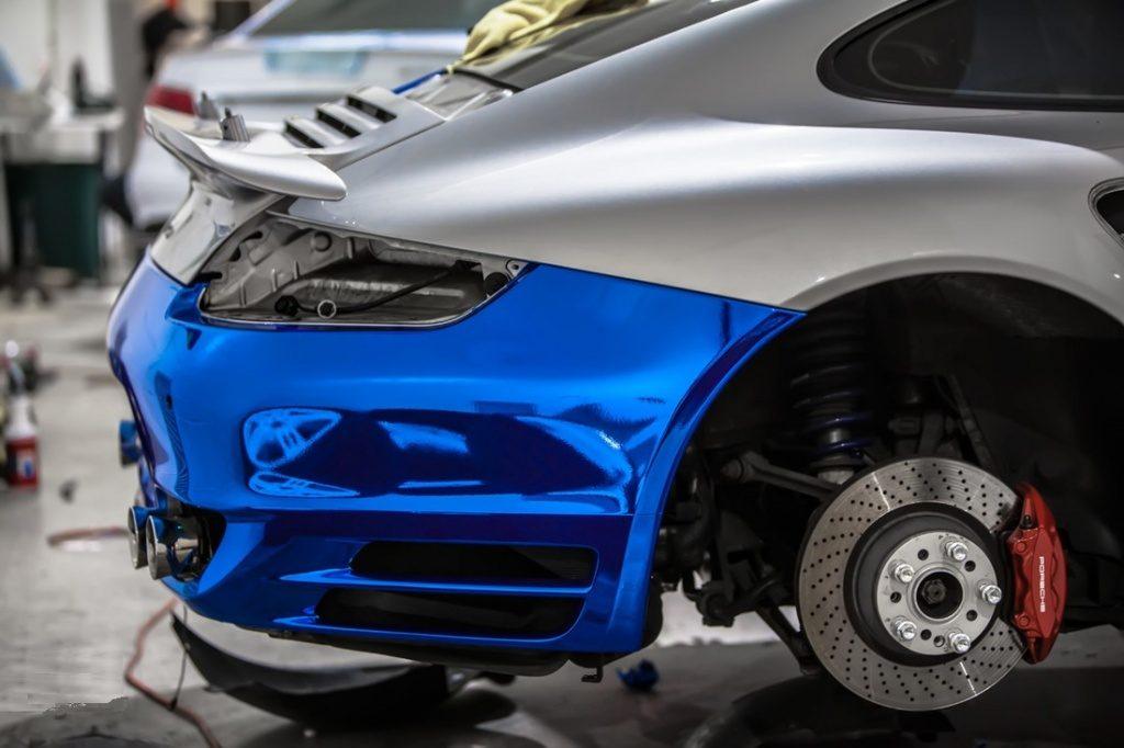 Оклейка автомобиля пленкой хром